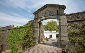 From Montevideo: Colonia del Sacramento Full Day Tour