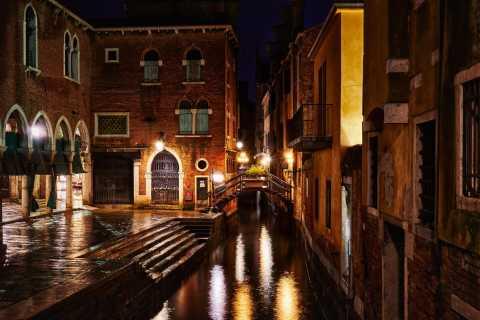 Venezia: giro privato in gondola di sera