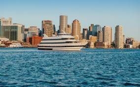 Boston: Buffet Lunch or Dinner Cruise on Boston Harbor