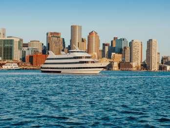 Boston: Mittags- oder Abendbuffet am Hafen von Boston