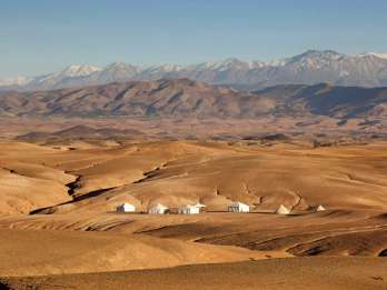 Ab Marrakesch: Atlas, Berberdörfer und Agafay-Wüste