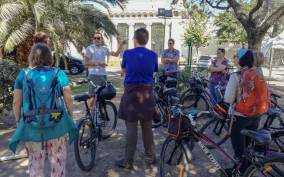 Buenos Aires: Small Group Bike Tour