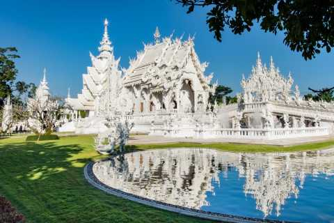 From Chiang Mai: Chiang Rai Famous Temples Small Group Tour