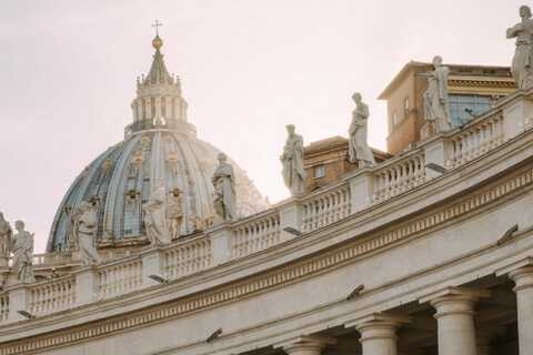 Vatican City: Basilica Climb and Optional Crypts Tour