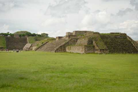 Oaxaca: Monte Alban Guided Archaeological Tour