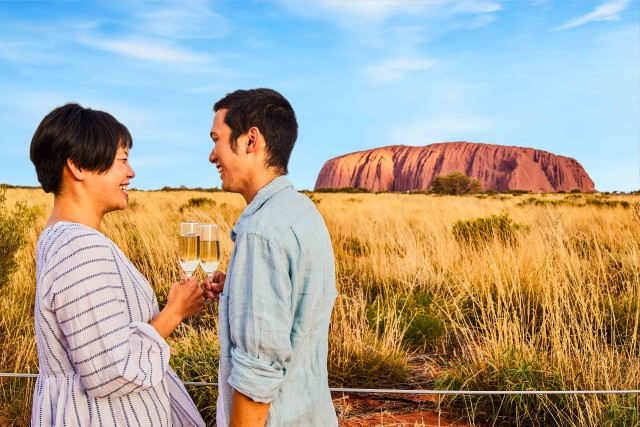 Uluru 1.5-Hour Sunset Tour with Sparkling Wine & Cheeseboard