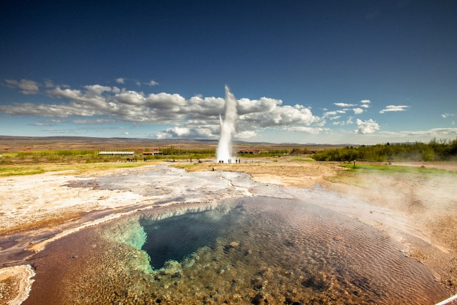 Reykjavik: Golden Circle Full Day Tour with Kerid Crater