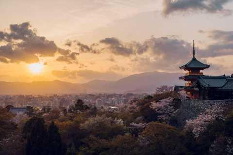 Kyoto: Private Kiyomizudera Temple Tour