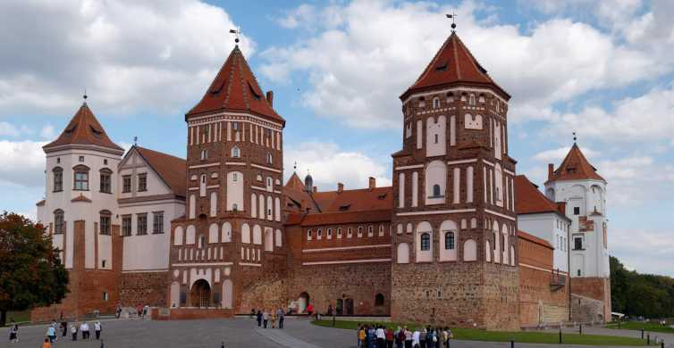 From Minsk: Mir Castle Private Tour