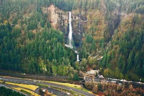 Portland: Columbia Gorge Flight Tour