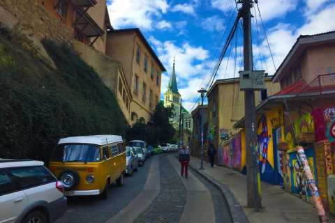 Santiago: Valparaiso, Viña del Mar, & Casablanca Valley Tour