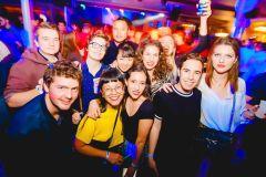 Pula: Experiência de Pub, Bar e Club Crawl
