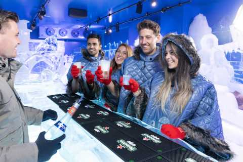 Cocktails at Berlin's Icebar