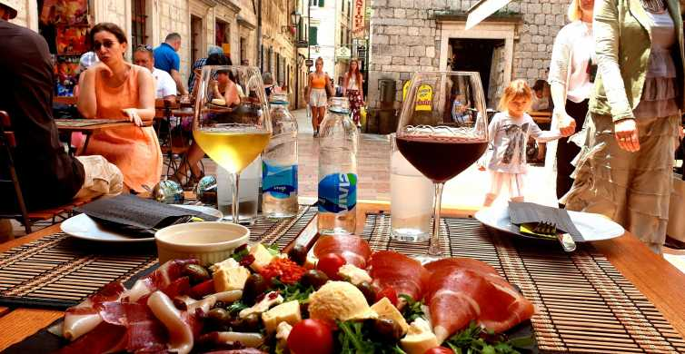 Kotor: Private Walking Tour with Wine and Food Tasting