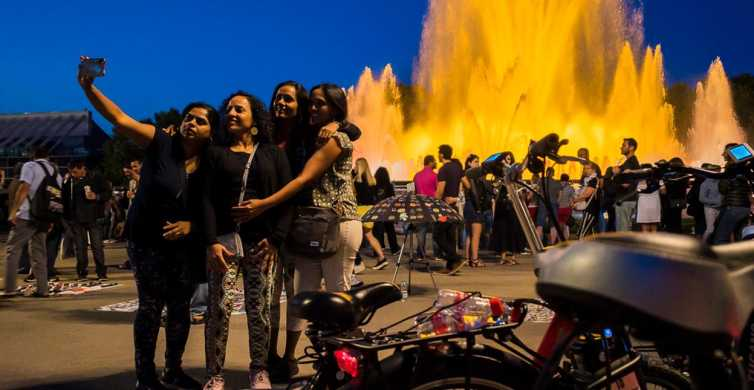 Barcelona: Magic Night Tour by Electric Bike