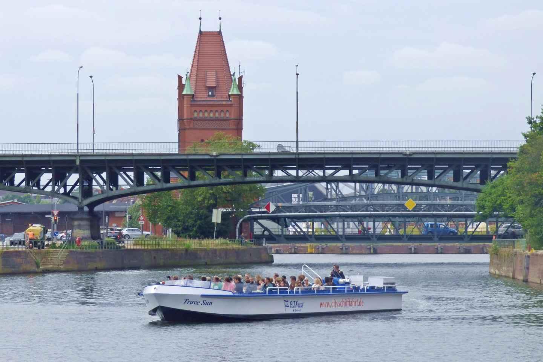 Lübeck: 1-stündige Bootsfahrt durch die Hansestadt