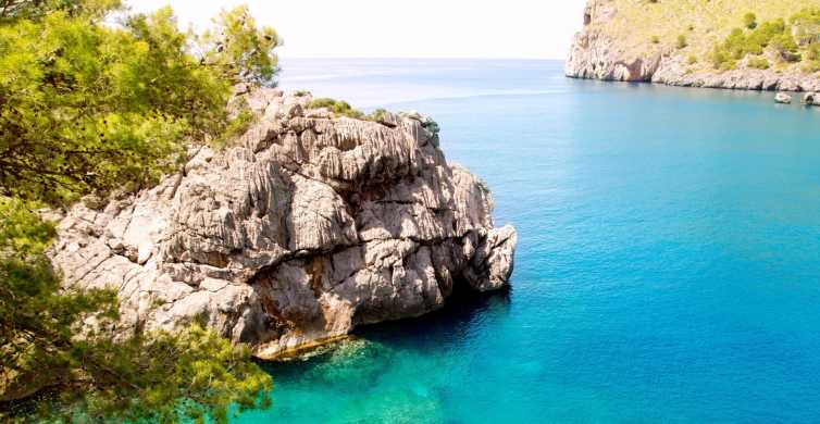 Mallorca: 3.5-Hour Boat Cruise in Paradise with Lunch