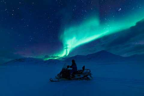 Longyearbyen: Northern Lights Hunt by Electric Snowmobile