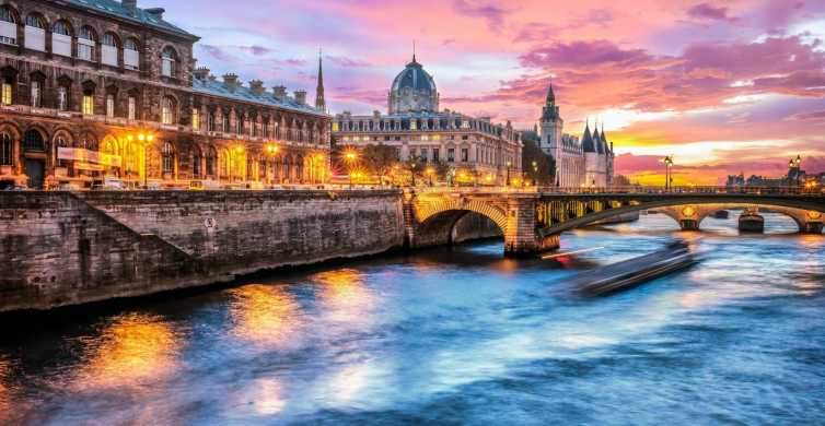 Paris: Evening Cruise with Dinner on River Seine