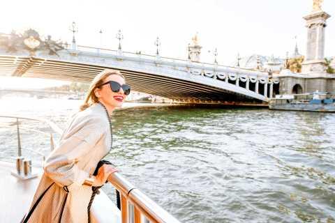 Paris: 1-hour River Seine Cruise