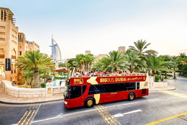 Dubai: hop on, hop off-busticket Classic, Premium of Deluxe