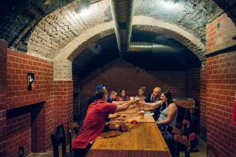 Bratislava: Unterhaltsame Kleingruppen-Biertour