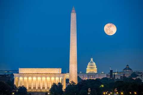 Washington, DC: Open Top Bus Tour By Night