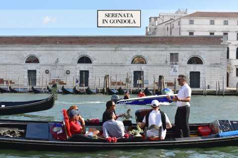Grand Canal by Gondola Tour with Music & Singer