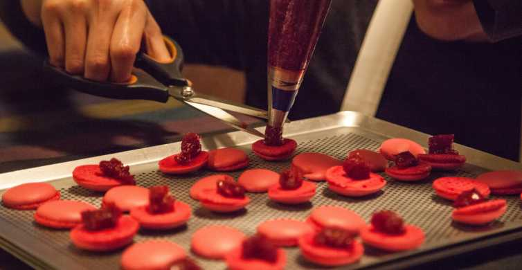 Paris: French Macarons Baking Class with a Parisian Chef