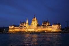 Budapeste: Cruzeiro Turístico Noturno de 1 Hora