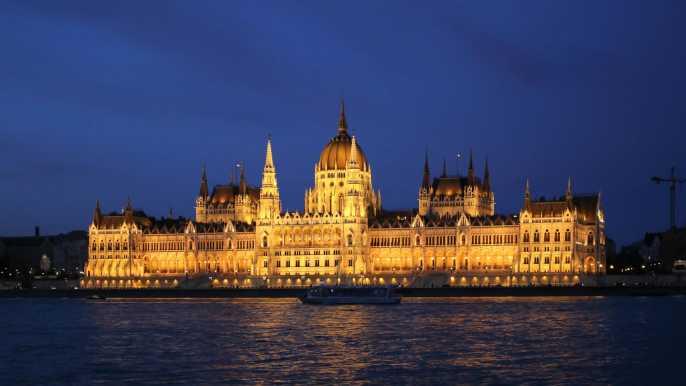 Budapest: crucero turístico de 1 hora por la noche