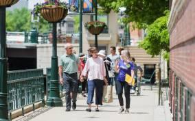 Milwaukee: Guided Art Walk
