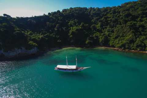 Búzios: Full-Day Shore Excursion by Land and Sea with Lunch