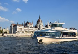 What to do in Budapest - Budapest Daytime Sightseeing Cruise