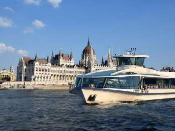 Budapest: Sightseeing-Bootstour am Tag