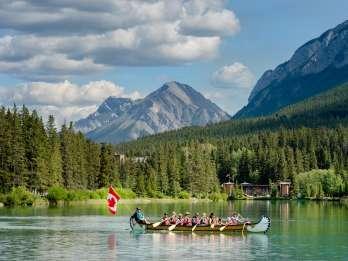 Banff: Kanutour auf dem Bow River mit Tierbeobachtung