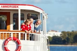 Hamburg: Bootsfahrt auf der Alster