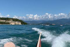 Sirmione: Passeio de Barco pela Península e Lago de Garda
