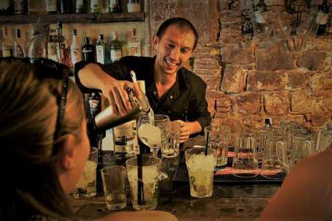 Barcelona: 2-Hour Cocktail Master Class with Tapas