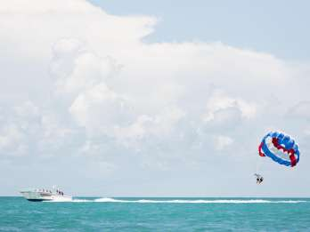 Key West Beachside Parasailing