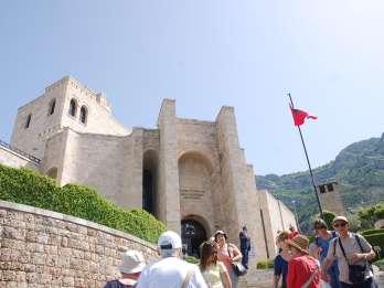 Ab Tirana: Kruja, Burg von Preza und Durrës Tour