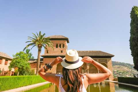 Alhambra: Generalife Gardens & Alcazaba Fast-Track Tour