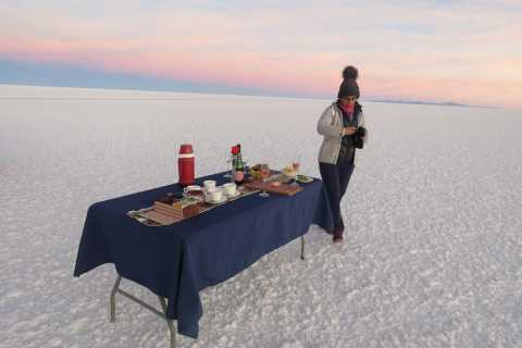 Uyuni: Uyuni Salt Flats with Sunset and Wine Tasting
