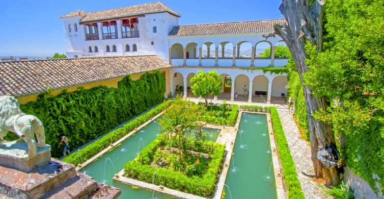 From Seville: Private Granada Day-Trip with Alhambra Visit