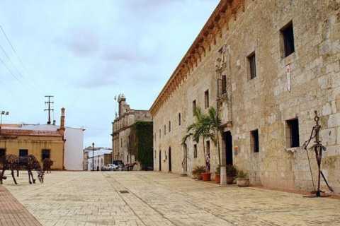 Desde Punta Cana: tour de día completo a Santo Domingo
