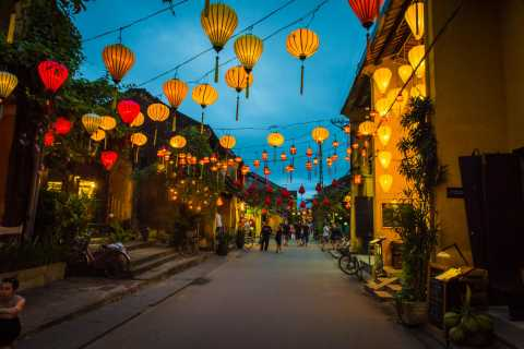 Discover Marble Mountain and Hoi An Ancient Town From Danang