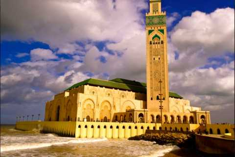 Casablanca: City Tour by Car or Minivan