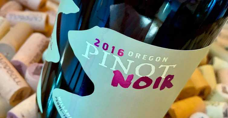 Portland: 5-Hour Willamette Valley Wine Tour with Tastings
