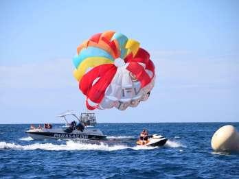 Gran Canaria: Parasailing für 1-3 Personen über Anfi Beach