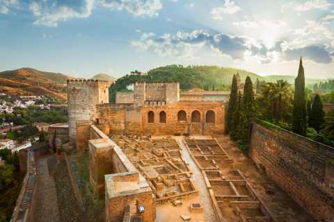 Alhambra and Granada Day Tour from Roquetas de Mar, Almeria
